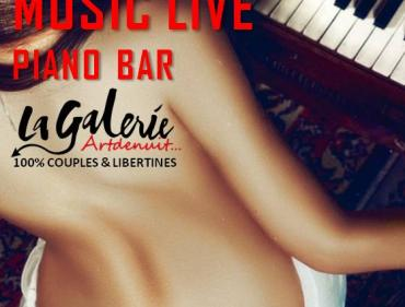 VENDREDISCRET PIANO BAR LIVE MUSIC
